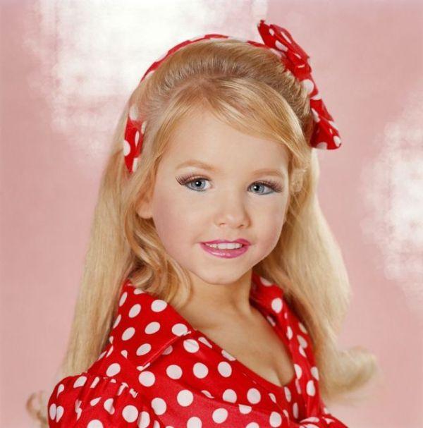 Child beauty pageant logo - photo#22
